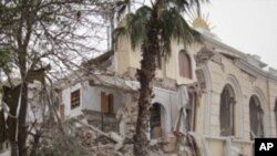 A casa do filho de Gadhafi foi atingida por um míssil da NATO