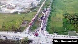 Đoàn tàu Bắc-Nam bị lật ở Thanh Hóa, 24/5/2018, hai lái tàu thiệt mạng. Ảnh: Thanh Niên
