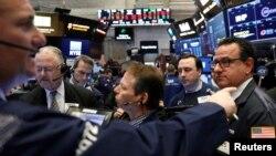 纽约股票交易所的交易商们。(2018年2月2日)