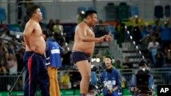 Մոնղոլիայի ըմբշամարտի թիմի մարզիչներ