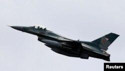 Літак F-16