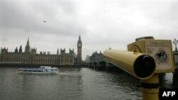 Лондон. Здание британского парламента