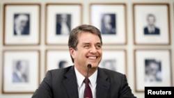 (资料图)罗伯托.阿泽维多2013年5月8日在巴西常驻日内瓦世界贸易组织代表处举行新闻记者会。