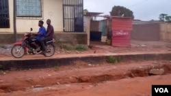 Angola Malanje estrada bairro Canâmbua