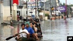 집중 호우로 홍수가 발생한 자카르타 북부 지역 모습 (자료사진)