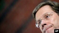 د جرمني خارجه وزیر په کندوز کې په آینده اړیکو وغږېد