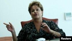 Presiden Brazil Dilma Rousseff menunda kunjungannya ke Amerika untuk memrotes spionase AS terhadap Brazil (foto: dok).