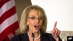 亞利桑那的女州長簡.布魯爾
