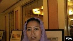Yenny Wahid, putri Almarhum Kyai Haji Abdurrahman Wahid (Gus Dur) dalam sebuah wawancara dengan VOA di Jakarta Rabu 29 Maret 2017. (Foto: Andylala/VOA)