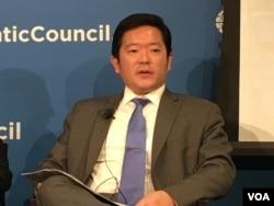 全球台湾研究中心执行主任萧良其 (美国之音钟辰芳拍摄)