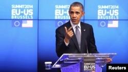 바락 오바마 미국 대통령이 지난 3월 벨기에 브웨셀에서 유럽연합 수뇌부와 회담한 후 기자회견에 참석했다.