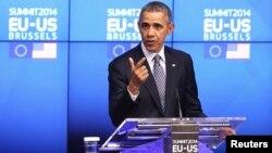 Presiden AS Barack Obama berbicara kepada media di Brussels, Belgia hari Rabu (26/3).