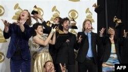 Ban nhạc Arcade Fire tại lễ trao giải Grammy ở Los Angeles, ngày 13/2/2011