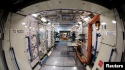 Модель інтер'єру наукової лабораторії на Міжнародній космічній станції, Г'юстон, Техас
