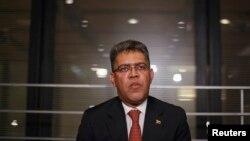 El canciller venezolano, Elías Jaua, dijo que su gobierno está esperando a la oposición para sentarse a dialogar.
