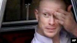 El soldado Bowe Bergdahl estuvo cautivo de los talibanes por cinco años y luego liberado por canje.