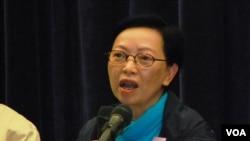 工黨立法會議員何秀蘭表示,如果港府提出假普選方案,拉倒並不足惜(美國之音湯惠芸)