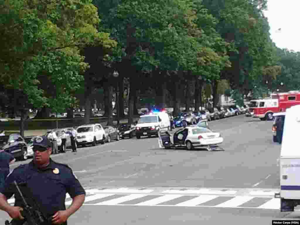 Vụ truy đuổi xe chấm dứt tại Ðiện Capitol.