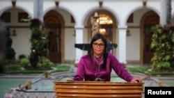 """La ministra Rodríguez acusó a los países de la OEA de ser """"mercenarios de la política para coartar el derecho al futuro del pueblo de Venezuela""""."""