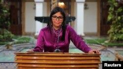 La canciller venezolana Delcy Rodríguez respondió al llamado del presidente Pedro Pablo Kuczynski a las naciones de la región para evitar más violencia en el país caribeño.