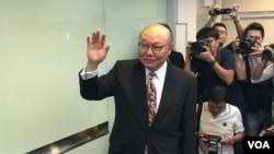 胡國興記者會有大批傳媒採訪 (美國之音特約記者湯惠芸拍攝)
