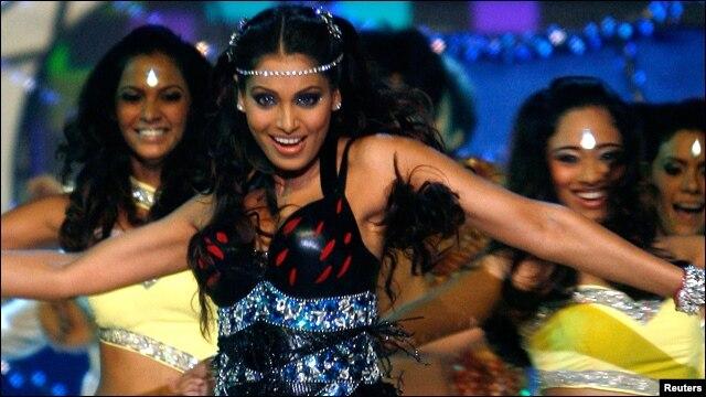 Các ngôi sao Bollywood đã làm khán giả mê say trong nhưng cuốn phim lãng mạn