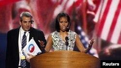 美國第一夫人米歇爾.奧巴馬星期一在北卡羅萊納州夏洛特民主黨全國代表大會的會場上。為期三天的美國民主黨全國代表大會星期二在北卡羅來納州夏洛特召開。