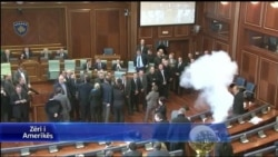 Kosove, incidente ne parlament