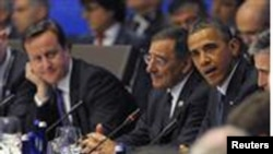 Shugaba Barack Obama na Amurka yana jawabi lokacin bude taron kolin kungiyar NATO, lahadi 20 Mayu 2012