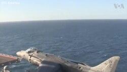 Chiến đấu cơ AV-8B Harriers hạ cánh thẳng đứng