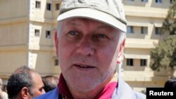 Ketua tim inspeksi senjata kimia PBB Ake Sellstrom mengatakan, timnya akan kembali ke Suriah (foto: dok).