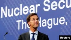 荷兰首相马克.吕特3月23日在海牙核安全峰会前夕举行的记者会上