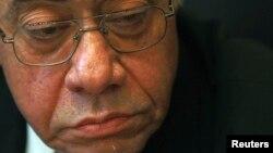 Ông Abdel Maguid Mahmoud bị tố cáo xử lý sai trái những vụ án của những giới chức chính phủ và nhân viên an ninh thời Mubarak.