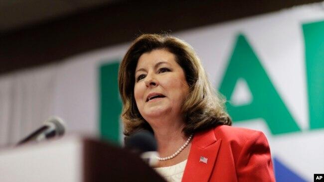 La candidata republicana por el sexto distrito congresional de Georgia habló a sus seguidores en Roswell, Georgia, el martes, 18 de abril de 2017.