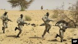 Tentara melakukan latihan sebagian bagian dari insiatif untuk mengamankan kawasan Sahel (foto: dok).
