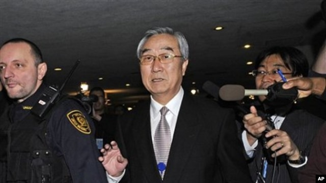 North Korea's deputy U.N. ambassador Pak Tok Hun arrives at the United Nations, 19 Dec 2010