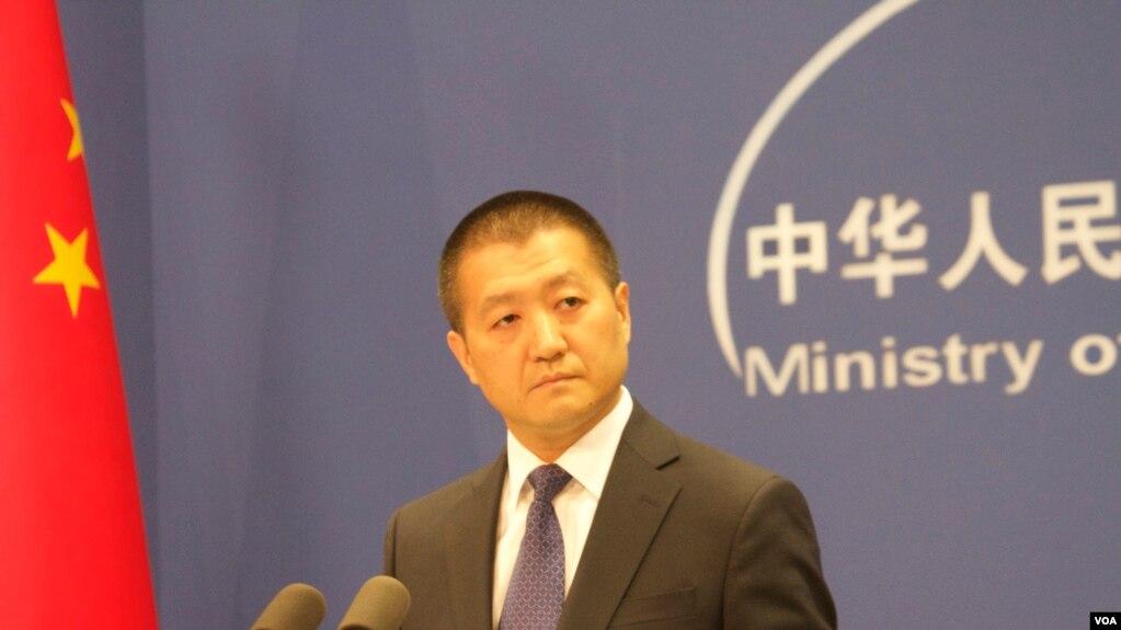 Người phát ngôn Bộ Ngoại giao Trung Quốc Lục Khảng nói trong một cuộc họp báo hôm 28/2 rằng các bên liên quan sẽ trao đổi quan điểm về việc thực hiện DOC, thúc đẩy hợp tác hàng hải cũng như tư vấn về Bộ Quy tắc Ứng xử COC.