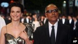 کیارستمی در کنار ژولیت بینوش در شصت و سومین جشنواره کن