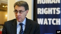 FILE - Human Rights Watch's Executive Director Kenneth Roth, speaks during an interview with The Associated Press in Beirut, Lebanon, Jan. 29, 2015.