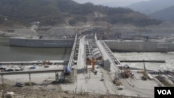 In this file photo shows Laos' Xayaburi dam under construction. (Sun Narin/VOA Khmer)