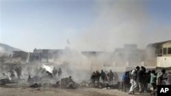 کابل: په ٢٠١١ کال کې د محرم په مراسمو کې چاودنه وشوه چې لسگونه کسان په کې ووژل شول.