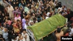Žrtva požara u fabrici odeće u Pakistanu
