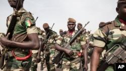 Senegal soldiers take part in the opening ceremony of Flintlock, anti-terrorism training in Thies, Senegal, Feb. 8, 2016.