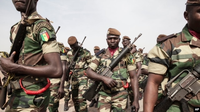 Senegal soldiers take part in the opening ceremony of Flintlock, anti-terrorism training in Thies, Senegal, Feb. 8, 2016.