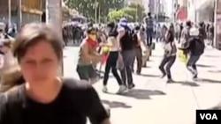 """La ONU reitera su petición al gobierno de Venezuela para que """"garantice que la gente no será penalizada por ejercer su derecho a reunirse pacíficamente."""