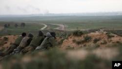 以軍在加沙外圍佈防。