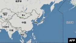 Tại Đài Loan, đảo quốc đã tự trị từ năm 1949, mẹ tôi được giáo dục trong sự sợ hãi và không tin tưởng vào những người cộng sản đã chiếm đóng Trung Quốc.