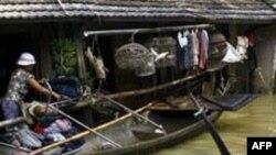 18 người chết vì lũ lụt ở Việt Nam
