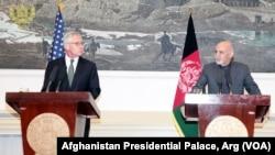 Hejgel i avganistanski predsednik Ašraf Gani na današnjoj konferenciji za novinare u Kabulu