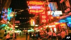 Một đường phố có nhiều hoạt động mại dâm, trong tỉnh Chonburi cách thủ đô Bangkok của Thái Lan khoảng 70 km về hướng nam
